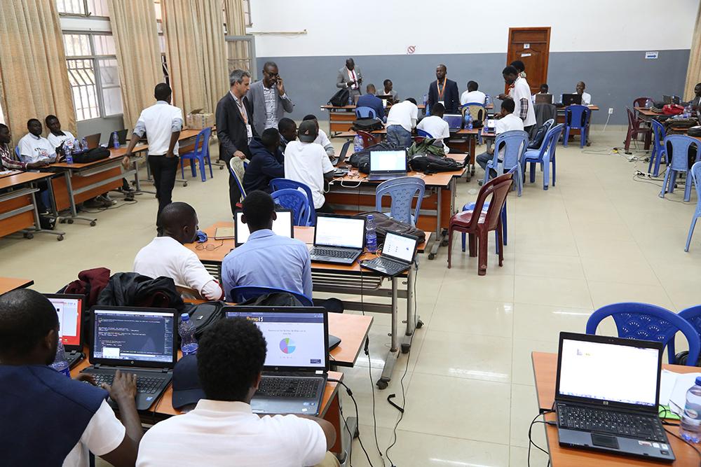 Visite et conseils d'une école de codeurs à Lubumbashi en République Démocratique du Congo - Thierry BARBAUT - Juillet 2017