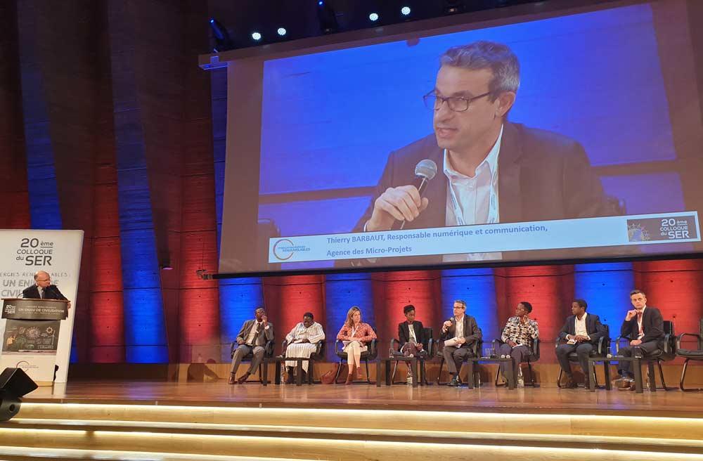 Présentation du numérique en levier des thématiques du développement lors du 20ème colloque du Syndicat des énergies renouvelables à l'UNESCO