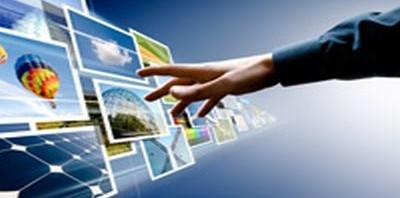 Portails collaboratifs et réseaux sociaux, la disparition du simple client mail ?